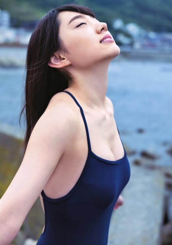 太田夢莉 BOMBのスクール水着Dカップ谷間 画像28枚 1