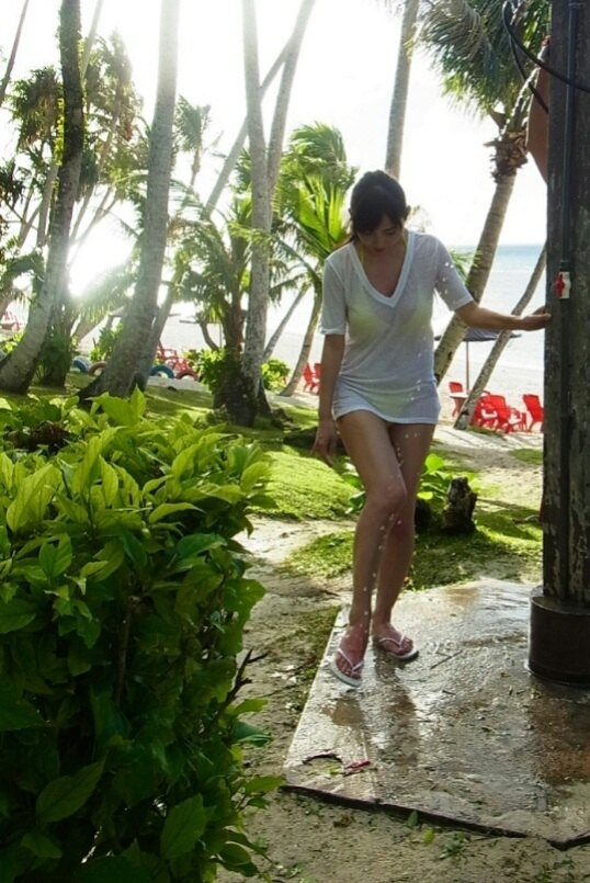 塩地美澄 フライデー袋とじのGカップ爆乳手ブラグラビア 画像20枚 12