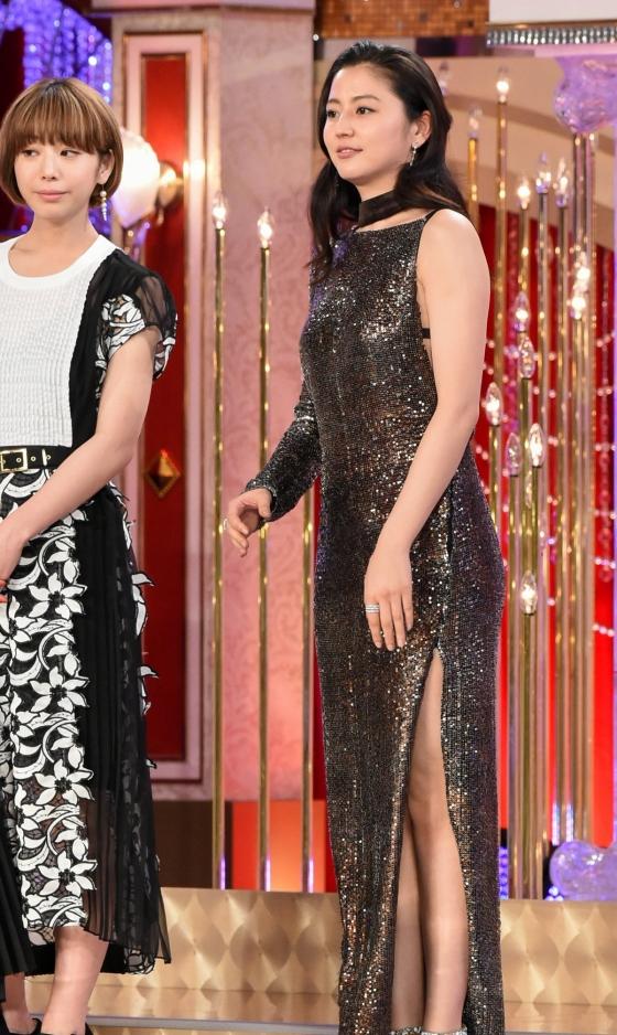 長澤まさみ 日本アカデミー賞の腋と背中全開ドレス姿 画像19枚 3