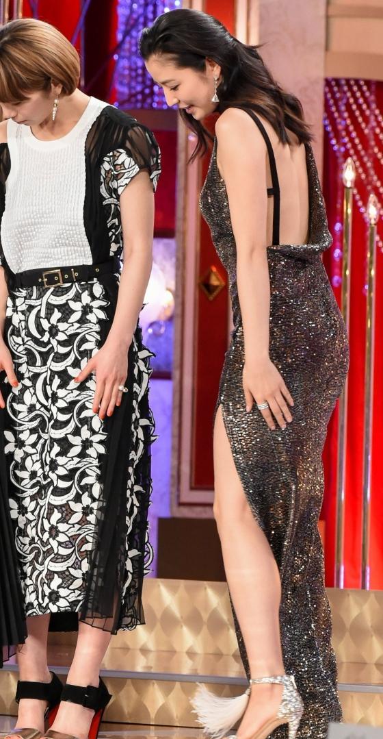 長澤まさみ 日本アカデミー賞の腋と背中全開ドレス姿 画像19枚 5