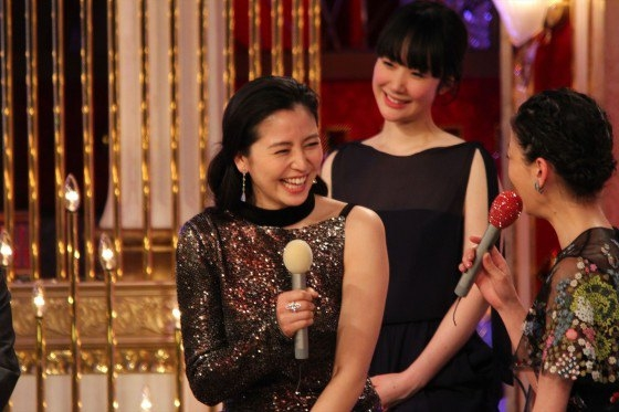 長澤まさみ 日本アカデミー賞の腋と背中全開ドレス姿 画像19枚 7