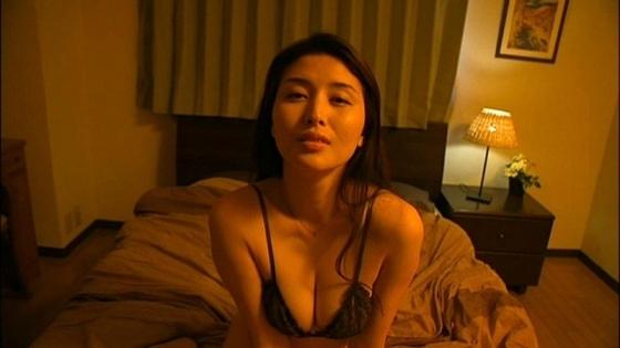 橋本マナミ 週プレのGカップ手ブラセミヌードグラビア 画像22枚 22