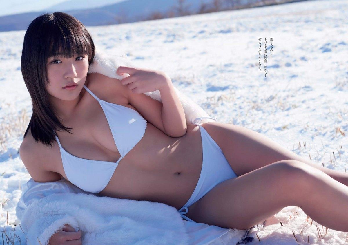 浅川梨奈 ヤングガンガンの最新Eカップ谷間水着グラビア 画像34枚 31
