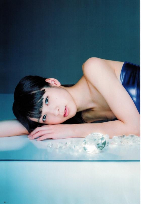 松岡菜摘 BUBKAの水着姿スレンダー美尻&美脚グラビア 画像26枚 10