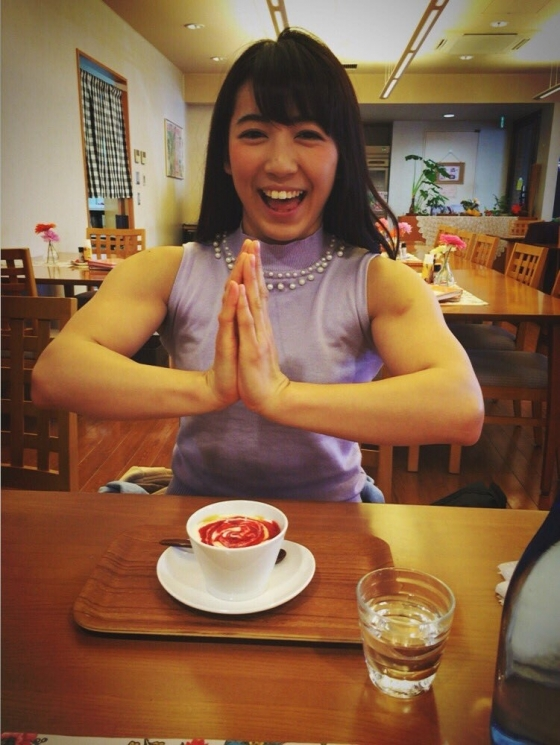 才木玲佳 週プレの筋肉アイドル水着グラビア 画像26枚 22