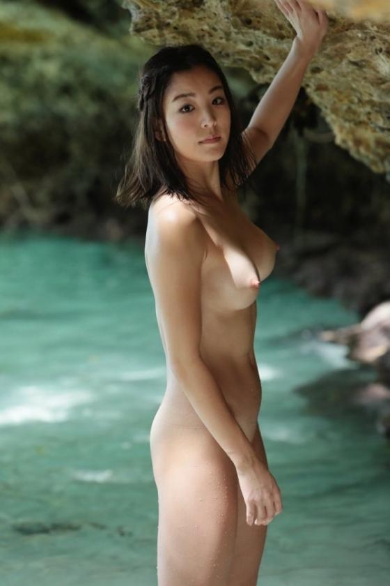 和泉里沙 新体操五輪代表選手のパイパン股間MAX開脚ヌード 画像24枚 23