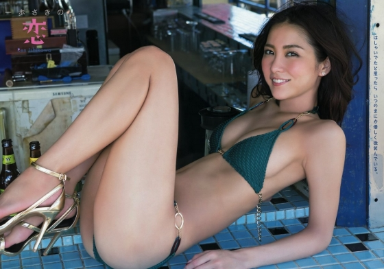 石川恋 スピリッツのDカップ谷間と美尻食い込みグラビア 画像47枚 45