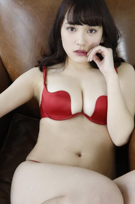 都丸紗也華 週プレの最新Fカップ水着むっちりグラビア 画像31枚 10