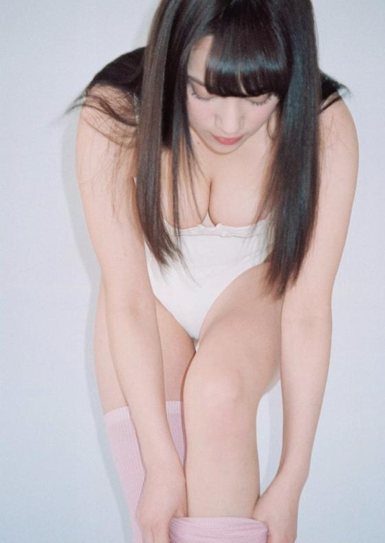 都丸紗也華 週プレの最新Fカップ水着むっちりグラビア 画像31枚 4
