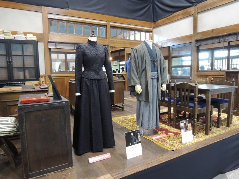 あさのドレスと成澤泉の羽織