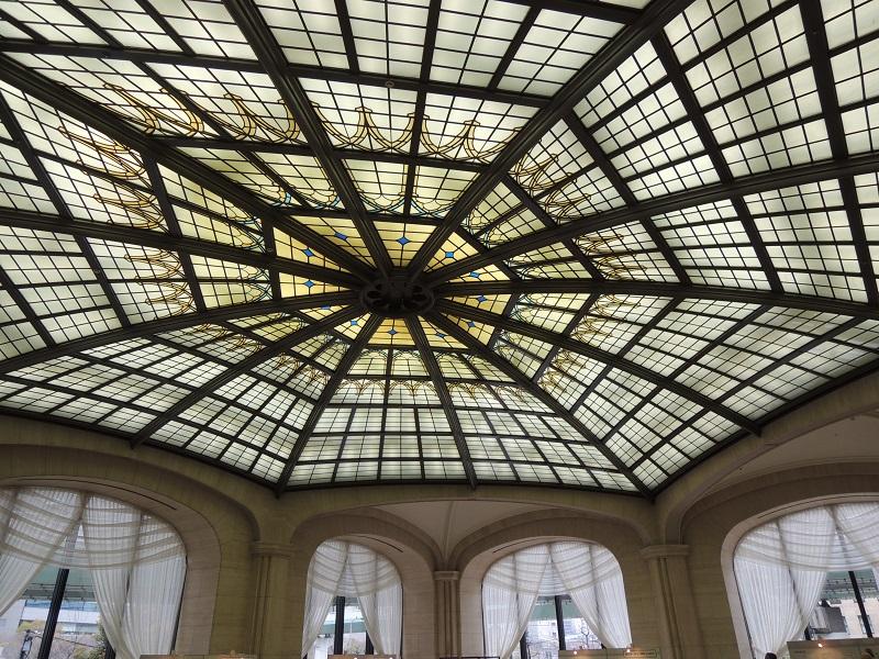 玄関ホール 天井