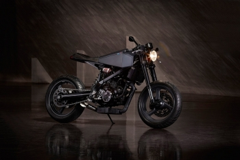 hyde-octavia-bmw-x-challenge-motorcycle-1.jpg