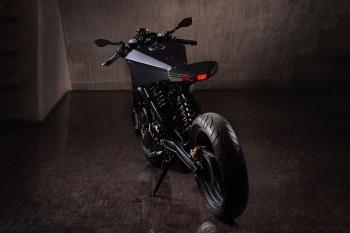 hyde-octavia-bmw-x-challenge-motorcycle-4.jpg