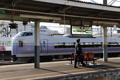 E351系電車 in 松本駅