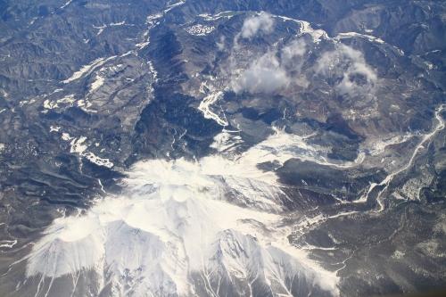 上空から望む御嶽山