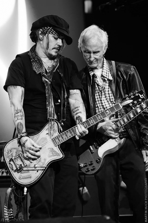 0209 Johnny Robby Krieger