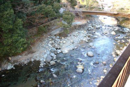 2016feb湯ヶ島温泉たつた狩野川と出会い橋