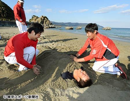 【カープ】2年目の薮田、埋葬さる【画像有】