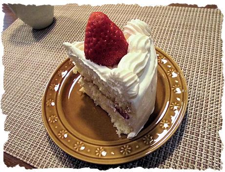 美味しいイチゴのケーキ べにほっぺですよ