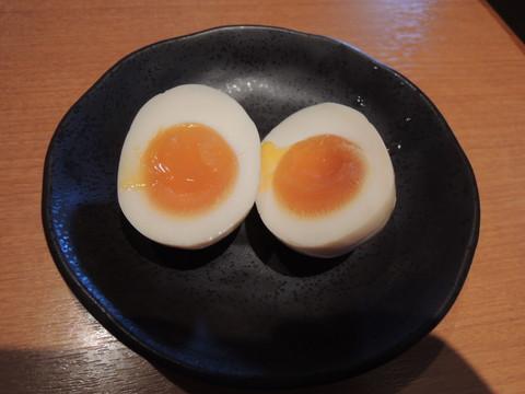 味玉(100円)