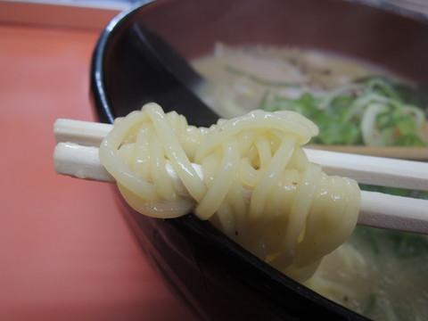 みそラーメンの麺