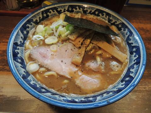 ラーメン(普通)250g(780円)