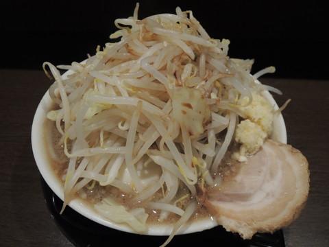 奨凜ラーメン(麺、野菜大盛り)(820円)
