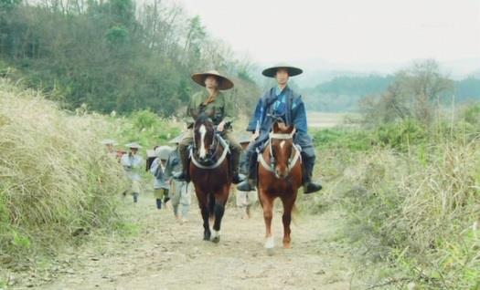 上杉家に人質に行く信繁には、矢沢三十郎を始め、背後に多数の人数 真田丸