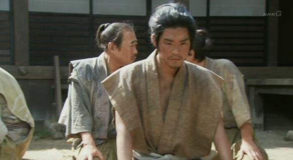 上杉景勝の元に、揉め事の解決を訴えに来た漁師たち。 真田丸