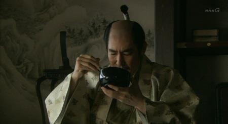 「先を急ぐな。食べる分だけ汁をかける。少しずつ、少しずつ・・・ワシの食べ方じゃ・・・」北条氏政 真田丸
