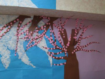 春の壁絵3