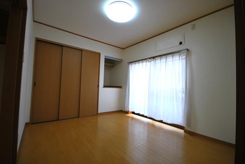岡山市中区関 施工前 洋室