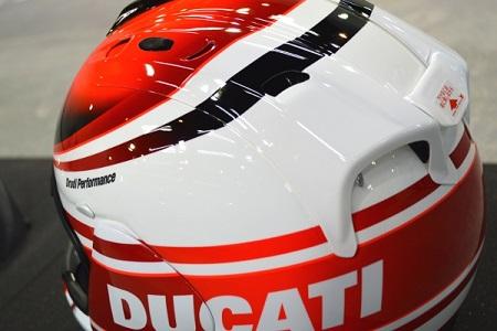 DUCATIヘルメットブログ