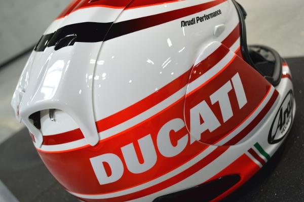 DUCATIヘルメット05