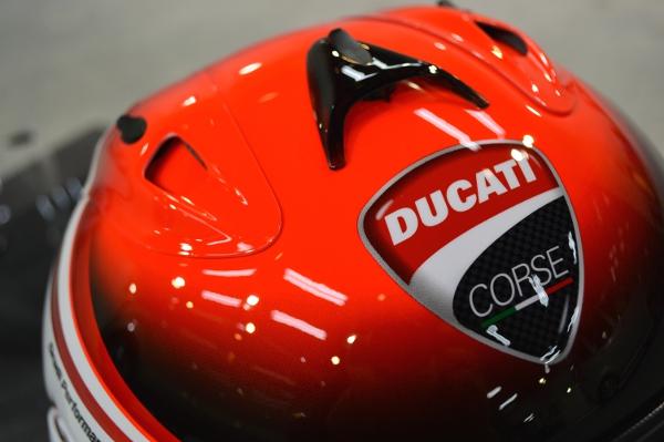 DUCATIヘルメット06