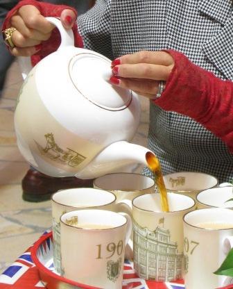 201622紅茶淹れるイメジ