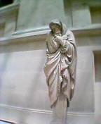 ルーブルの像