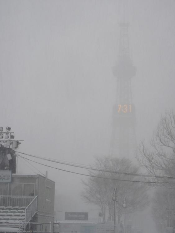 雪まつり会場2160210