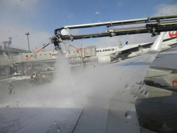 千歳空港2160210