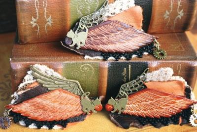 翼の生えた猫のヘアクリップ