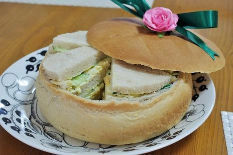 パーティーブレッドでサンドイッチ