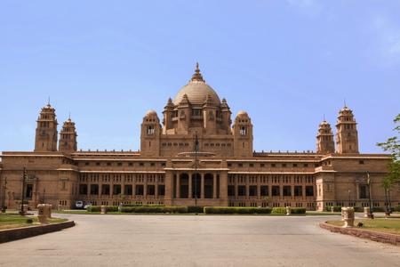 1位に輝いたのはインド・ジョドプールの宮殿ホテル「ウメイド・バワン・パレス」(Umaid Bhawan Palace Jodhpur)_410c20e6b84fbda5cc5964b4603d6248