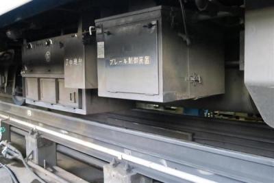 北海道新幹線開業に伴い、廃止が決まっているJRが定期運行する全国最後の急行列車「はまなす」の下部=2月22日、札幌市手稲区の札幌運転所(杉浦美香撮影)-p10