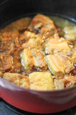 豚バラ肉のとろとろ煮込み