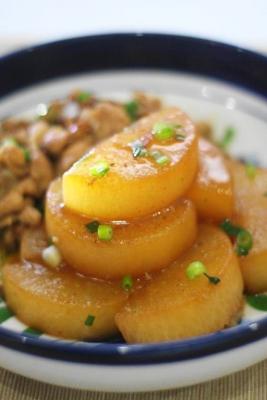 大根と豚肉の甘辛黒酢しょうが煮1