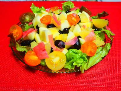リンゴと黒豆のサラダ