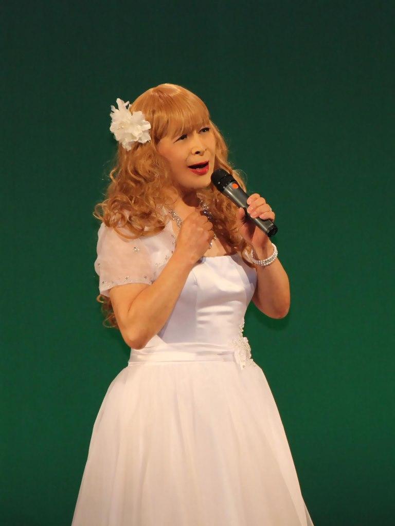 白ショートドレス舞台A(2)
