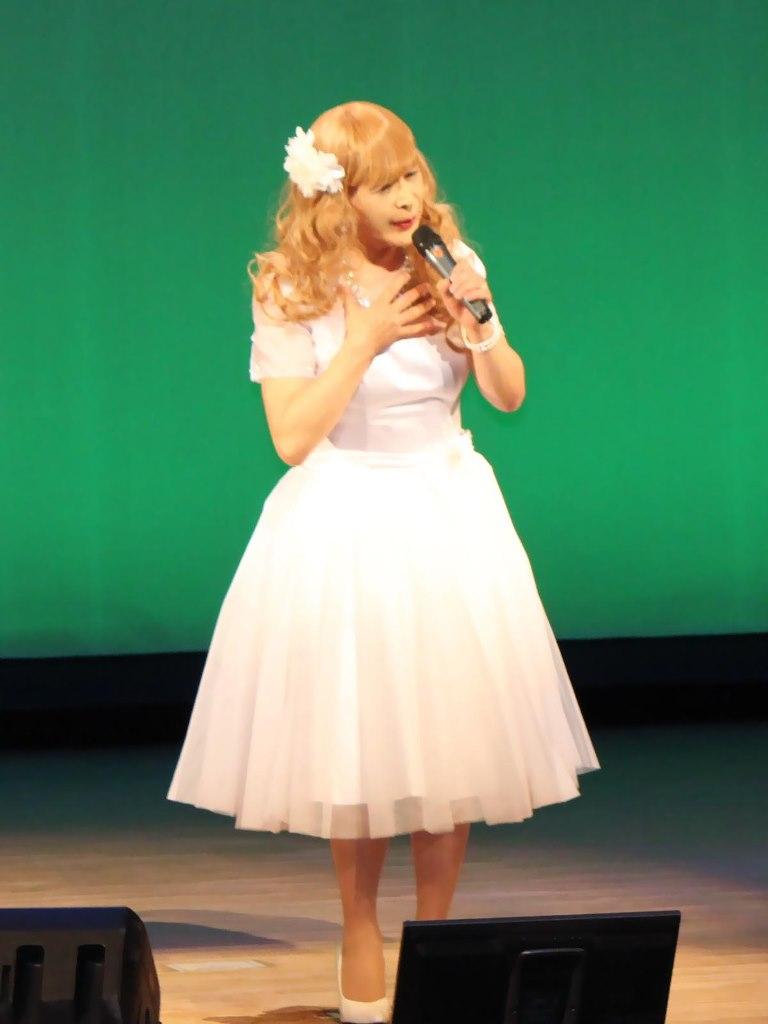 白ショートドレス舞台A(5)