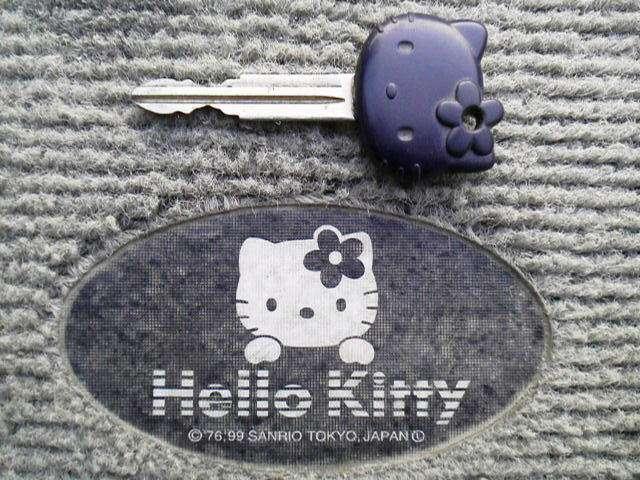 L700S_hello_kitty (12)