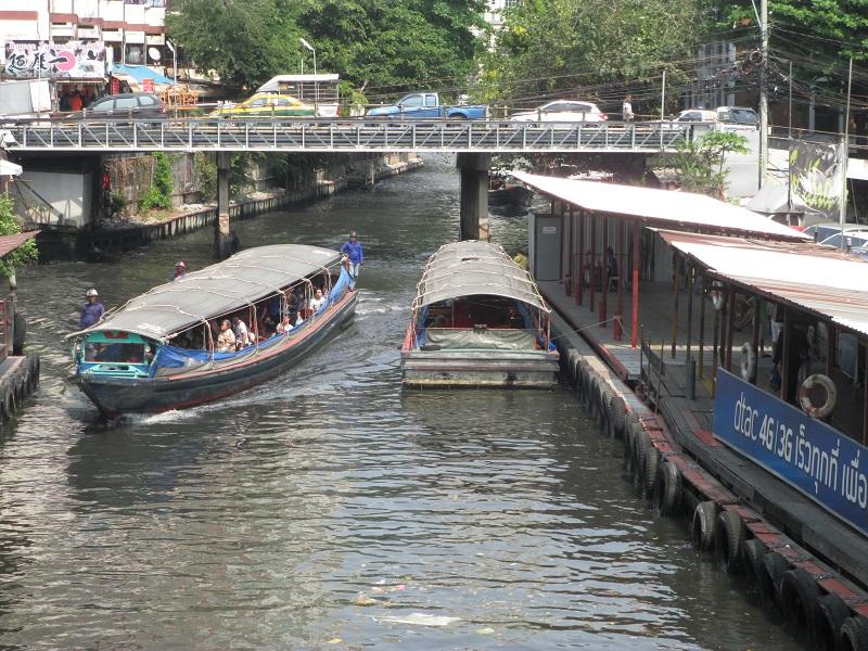 プラトゥーナム 運河ボート